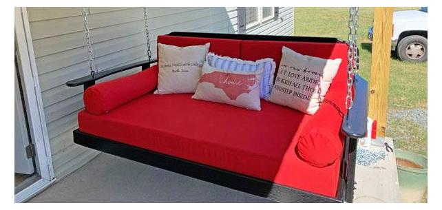 Sunbrella Canvas Jockey Red Adds Welcome Color to This Neutral Patio